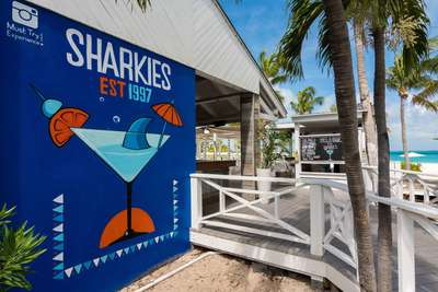 Sharkey's Club Med Turkoise